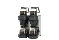 Filterkaffeemaschine 1,80 l schwarz mit 4 Glaskannen / mit Wasseranschluss