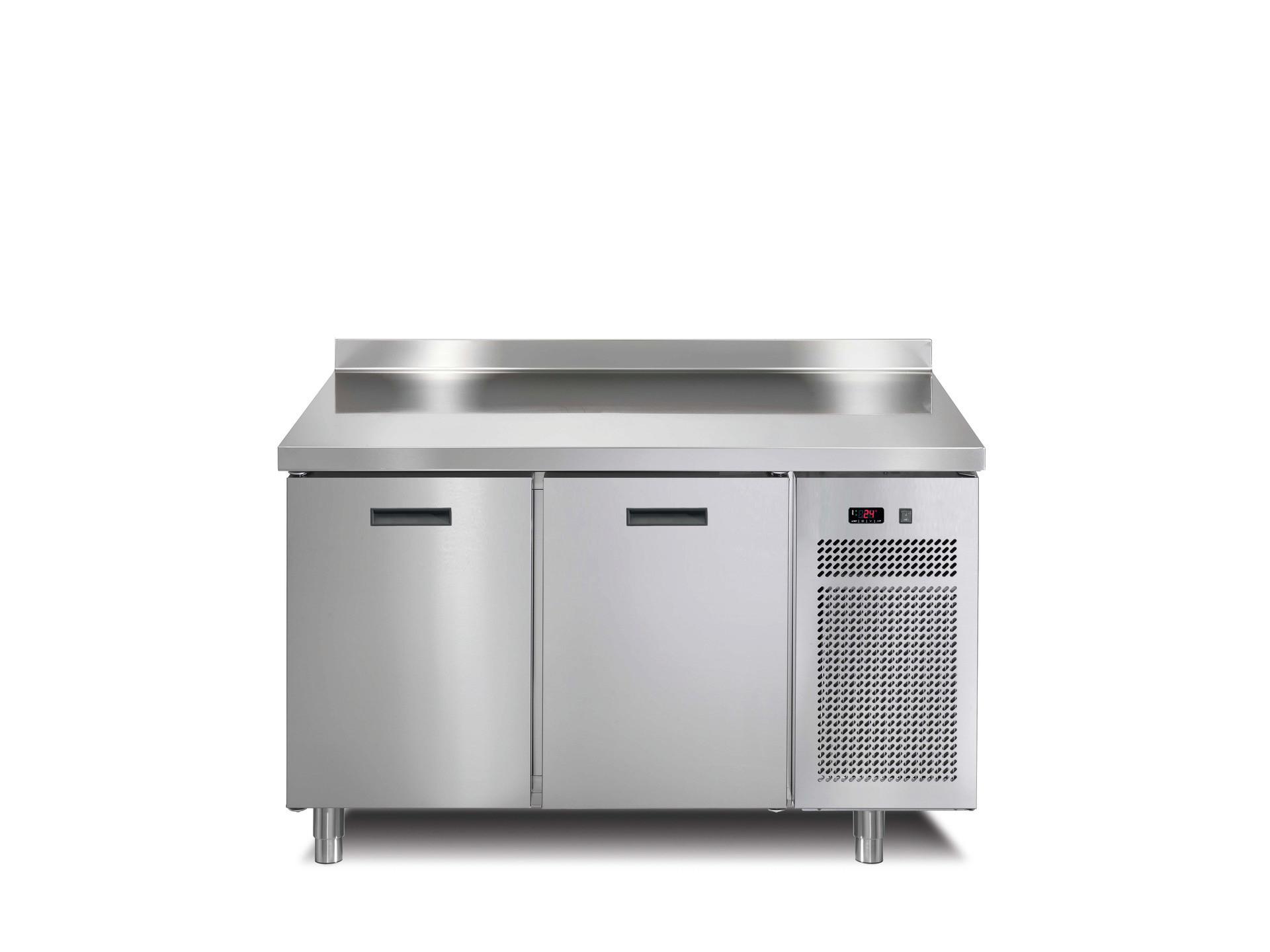 Tiefkühltisch 2 Türen mit 50 mm  Aufkantung