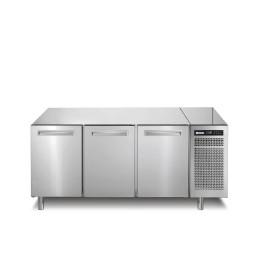 Tiefkühltisch 252 l GN 1/1 3 Türen